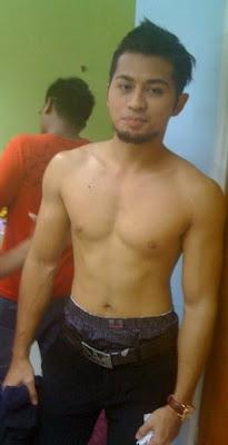 Lelaki Melayu Pakai Boxer