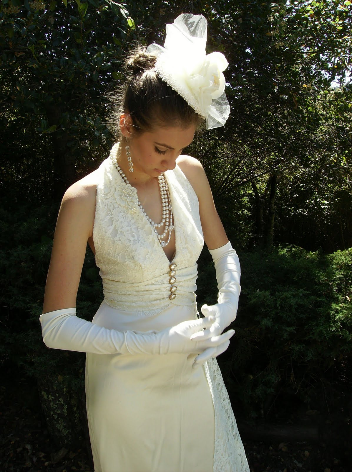 BRIDE CHIC SALUTE TO CHRISTIAN DIOR