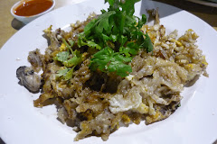 Singapore Hawker Oyster Omelette
