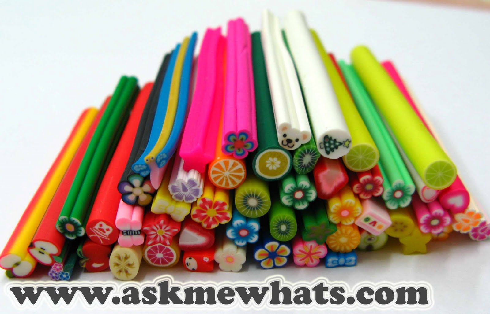 Free Fimo Polymer Clay Projects http://www.askmewhats.com/2009/11/readers-corner-fimo-polymer-clay.html