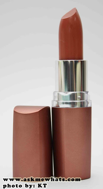 a photo of Maybelline ColorSensational Moisture Extreme Color Toffee Cream