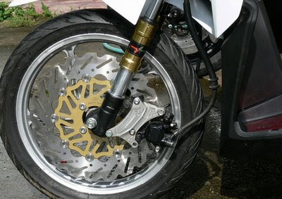 Honda Click-i Rim Modification