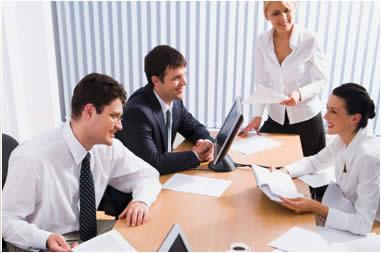 6 Cara Hadapi Rekan Kerja yang Suka Mengeluh