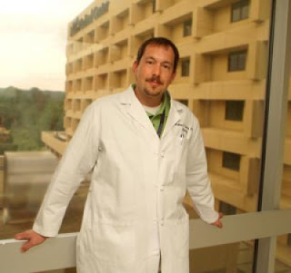 Dr. Matthew Diamond