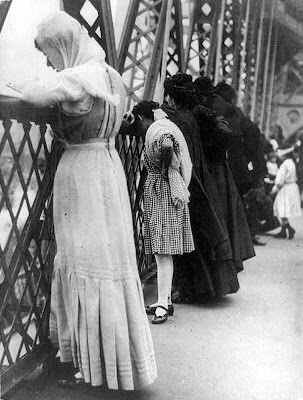 Jews praying on Williamsburg Bridge, New York City, on New Year's Day