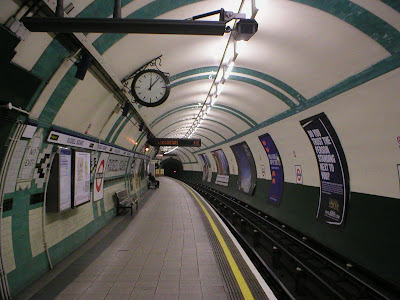 Russell Square Tube Platform