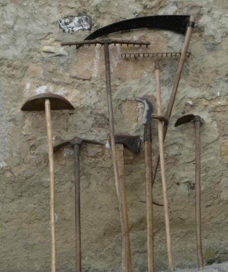 Mitolog a asturiana herramientas de trabajo casa asturiana - Casa tradicional asturiana ...