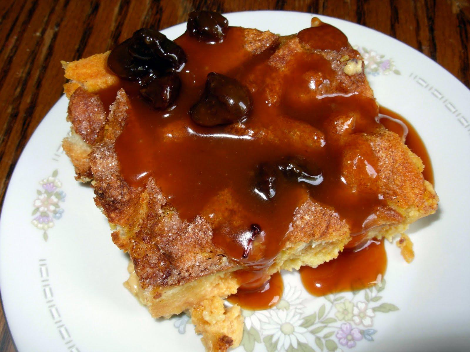 ... heap of love: SMS: Pumpkin Bread Pudding with Caramel-Rum Raisin Sauce