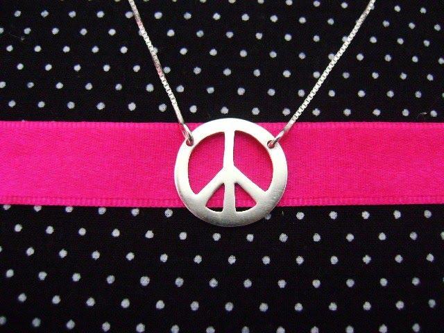 simbolo paz e amor. 2011 Paz e amor para todos!