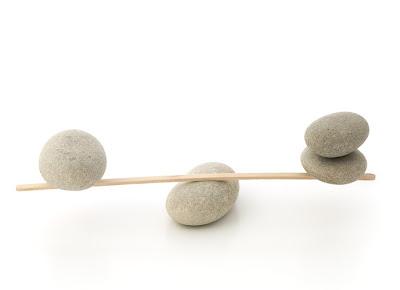 قصة التوازن و احتفظ بحلمك ... 3696balance.jpg