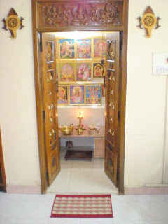 004_-_Pooja_Room-Entrance_From_Drawing_Room.jpg