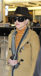 Britney Spears Hot Picture at Heathrow Airport