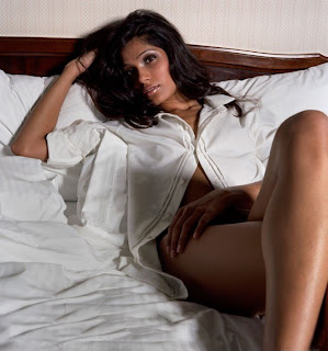 SlumDog Freida Pinto Hot and Sexy Picture