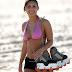 Foto Bikini Francia Raisa Waktu Main Sepatu Roda !