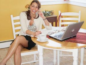 http://4.bp.blogspot.com/_TeZIY2L6s38/TU1T99N9x_I/AAAAAAAADSQ/SG2uNtHlE2Y/s320/wanita_energik_300_225.jpg