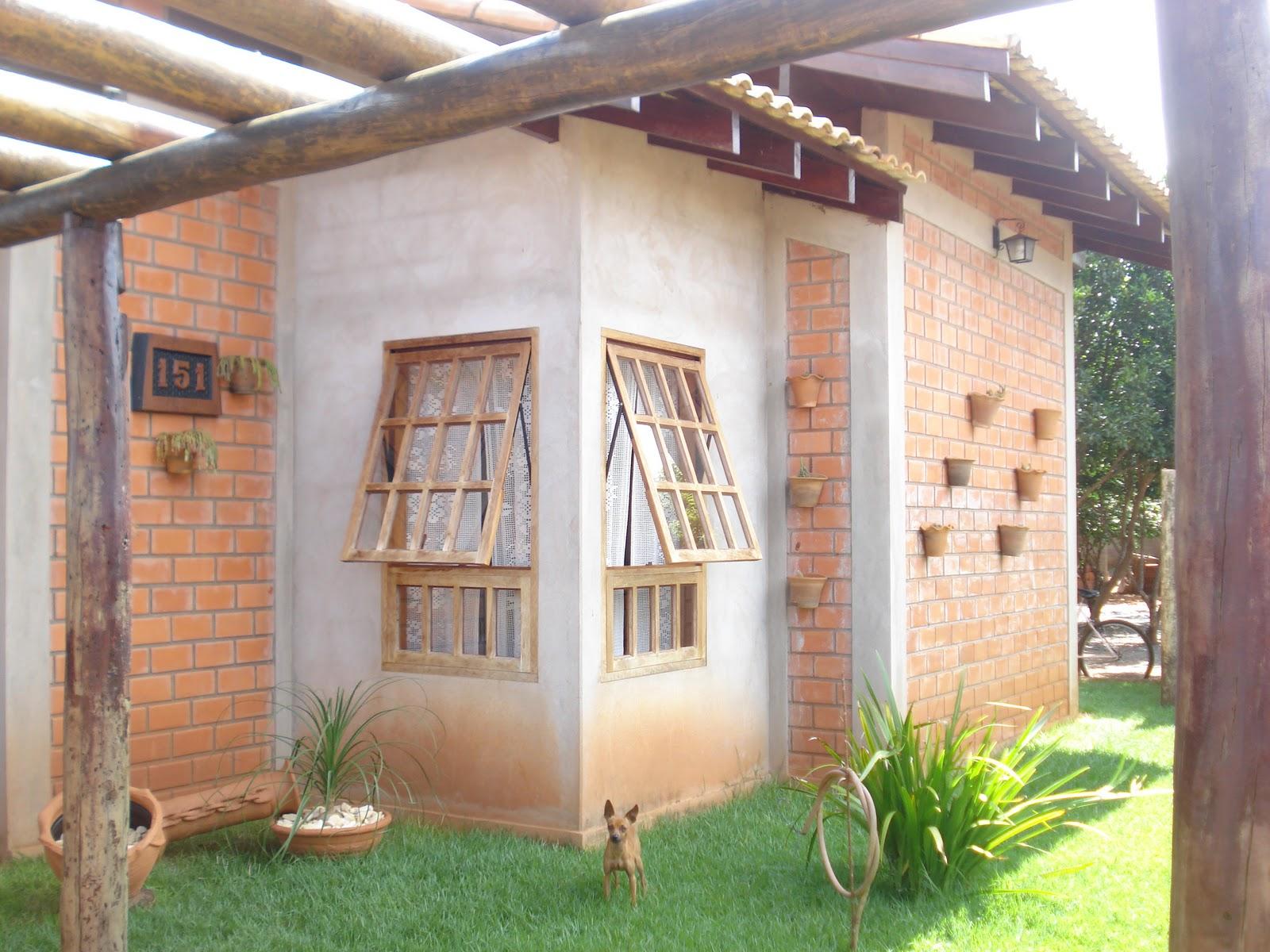 #938038 número da casa foi entalhado em madeira pelo Raul assim como o  598 Janelas Em Madeira Rusticas
