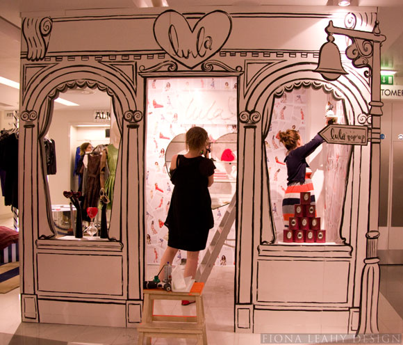 Retail design on pinterest retail retail merchandising for Pop up window design