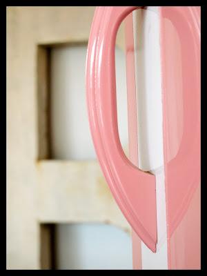 Mobilierdesign20 deco metal amoire rose design 1950 1960 for Decoration interieur 1960