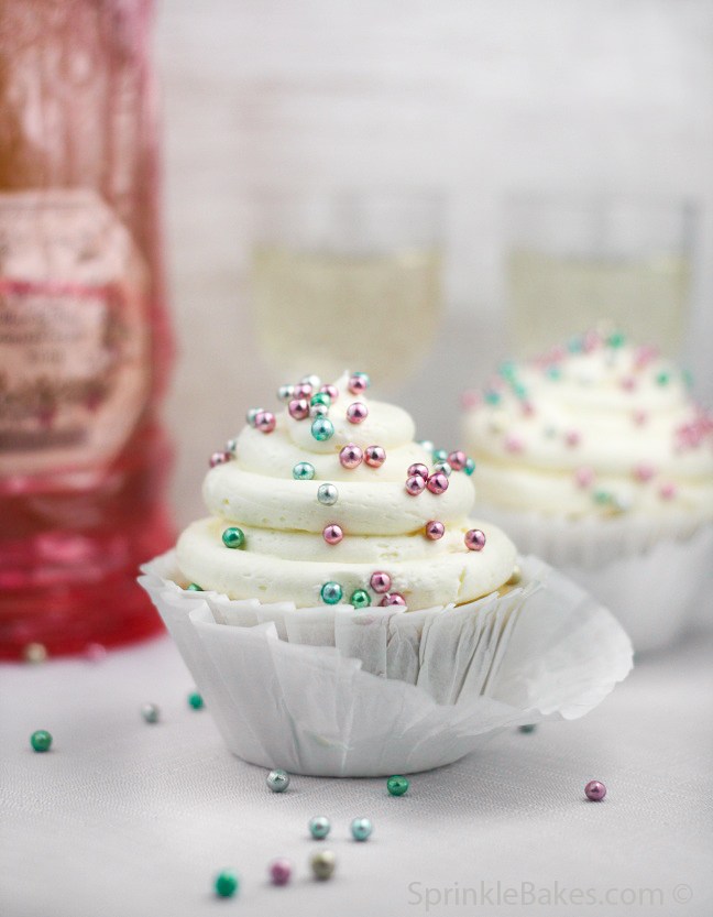 Sparkling Champagne Cupcakes | Sprinkle Bakes