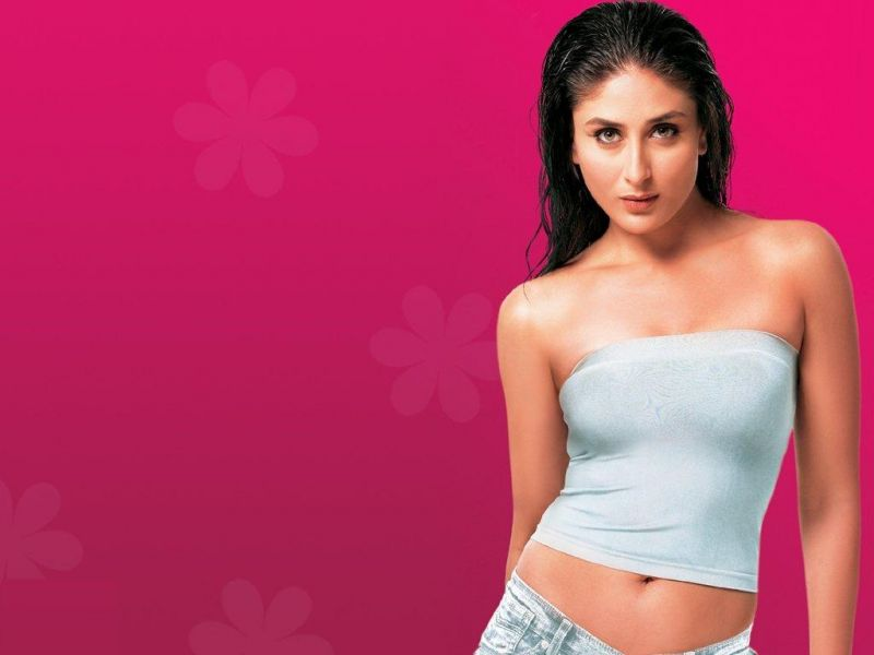 Kareena Kapoor without Clothes