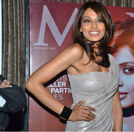 Hot Bipasha Basu at Maxim Cover Launch