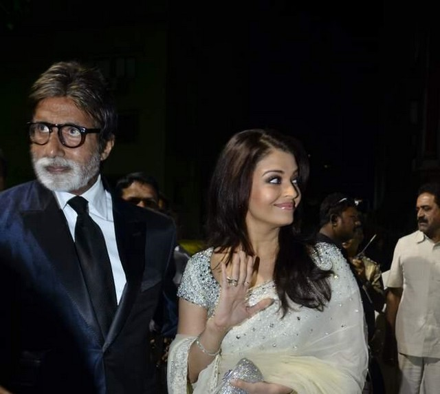  - 56th Filmfare Awards 2011 Photos - Neha, Preity, Rekha, Dia