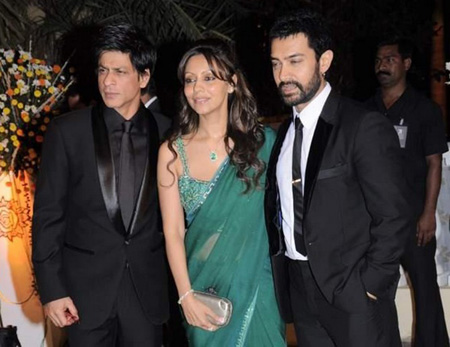 SRK, Aamir Khan, Gauri at Imran Khan's wedding reception ~ Bollywood News Gossips | Bollywood Actors | Bollywood Actresses | Wallpapers | Pictures