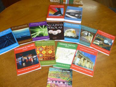 Livros de poemas, contos e de Direito