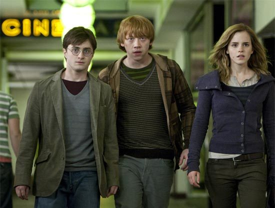 http://4.bp.blogspot.com/_Tmls1d-aOgc/TO4KdBRv_qI/AAAAAAAAGMk/cftQjZzgZOQ/s1600/Harry-Potter-e-as-Reliquias-da-Morte-Parte-1-Harry-Potter-and-the-Deathly-Hallows-Part-I.jpg