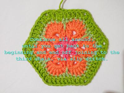 Цветочный фрагмент крючком АФРИКАНСКИЙ ЦВЕТОК для вязания игрушек (63) (700x525, 245Kb) .