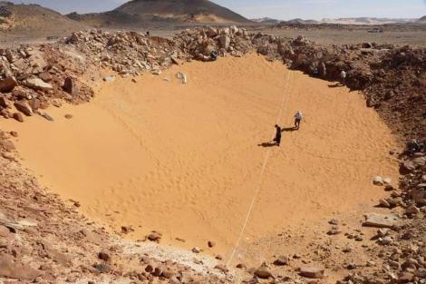 Cráter en el Sahara