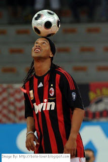 Ronaldinho di Milan