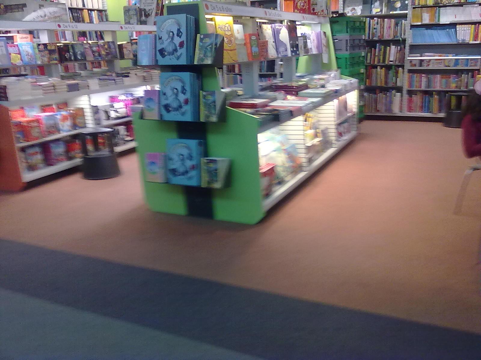 Menxusue os biblioteca infantil - Estanteria biblioteca infantil ...