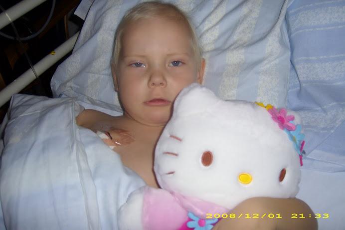 Evelina kämpar mot leukemin