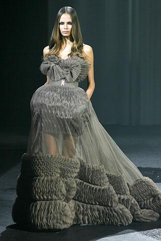le petite belle 2010 french designer haute couture
