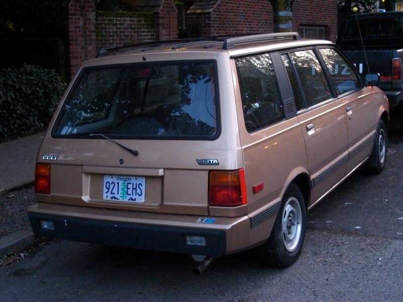 OLD PARKED CARS.: 1986 Dodge Colt Vista Wagon.