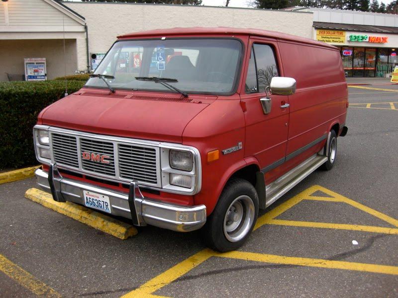 OLD PARKED CARS.: 1989 GMC Vandura 2500.
