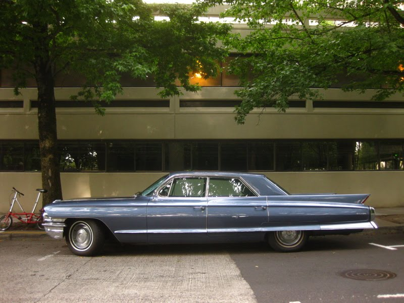 1961 Cadillac Sedan de Ville.-4.bp.blogspot.com