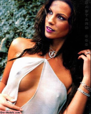 136 244056343 kate beckinsale 21 H105523 L Penis Size: Big. Breast Size: Small. Height: Unknown. Rate this Model