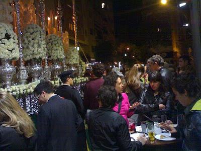 La Voz de Almería. La hostelería vive una Semana Santa de lleno