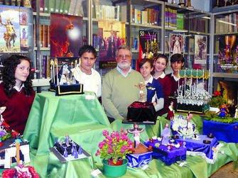 Diario de Almería. Alumnos de La Salle se convierten en improvisados imagineros de miniatura