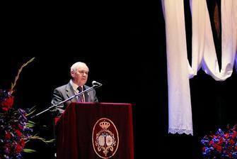 Diario de Almería. Francisco Ortega Viñolo pronunció ayer en el Teatro Apolo el pregón de la Semana Santa