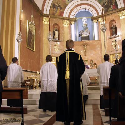 Hoy misas de hermandad en la Soledad y en el Silencio