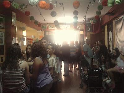 La Feria del mediodía en la Casa de hermandad de la Esperanza Macarena