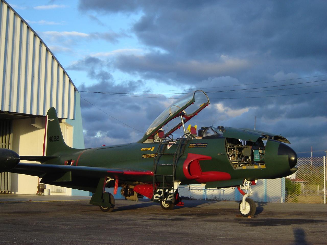 T-33 Fuerza Aerea Mexicana - Página 4 T-33+ANTES+DE+PINTURA