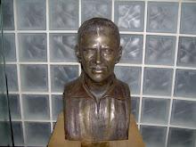 Busto de Nilton Santos