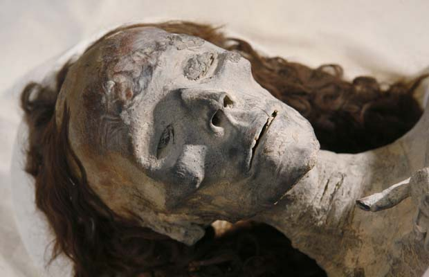 tiye+-mummy2.jpg