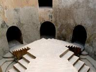 Masjid bawah tanah Tamansari