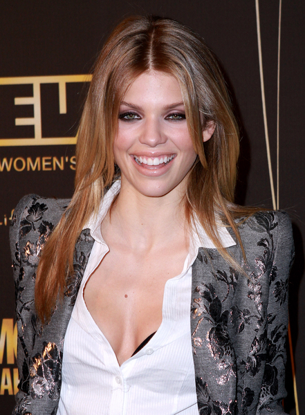 AnnaLynne McCord opted for a straighter, sleeker hairstyle at the 50