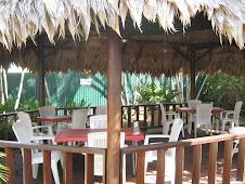 Buiten pina hut voor ongeveer 20 personen